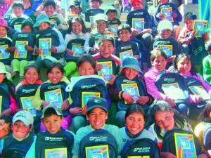 Enfants avec Kit école