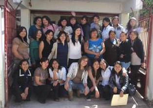 Notre équipe de femmes leaders à Cochabamba… la grande majorité a vécu la violence dans les bidonvilles